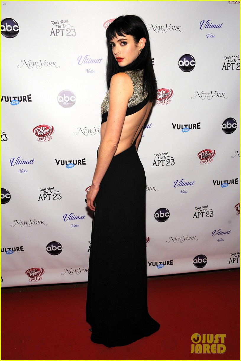 krysten ritter dont trust the b in aparrtment 23 premiere 18