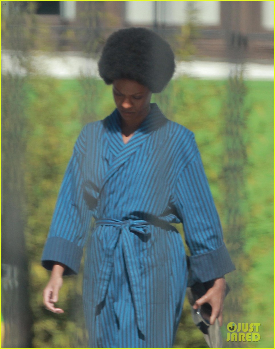 zoe saldana as nina simone first look 01