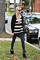 ashlee simpson lawyers office visit with mother tina 01