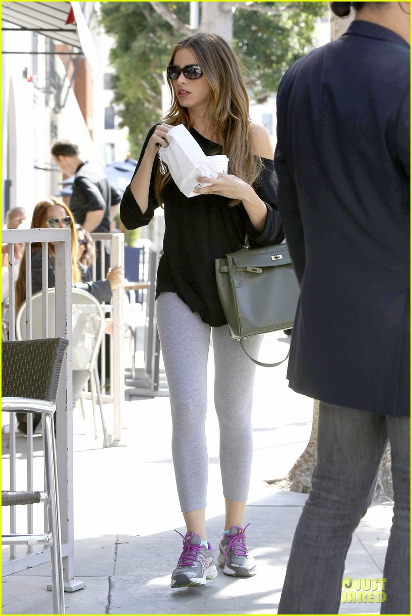 sofia vergara likes being confused for son's sister 01