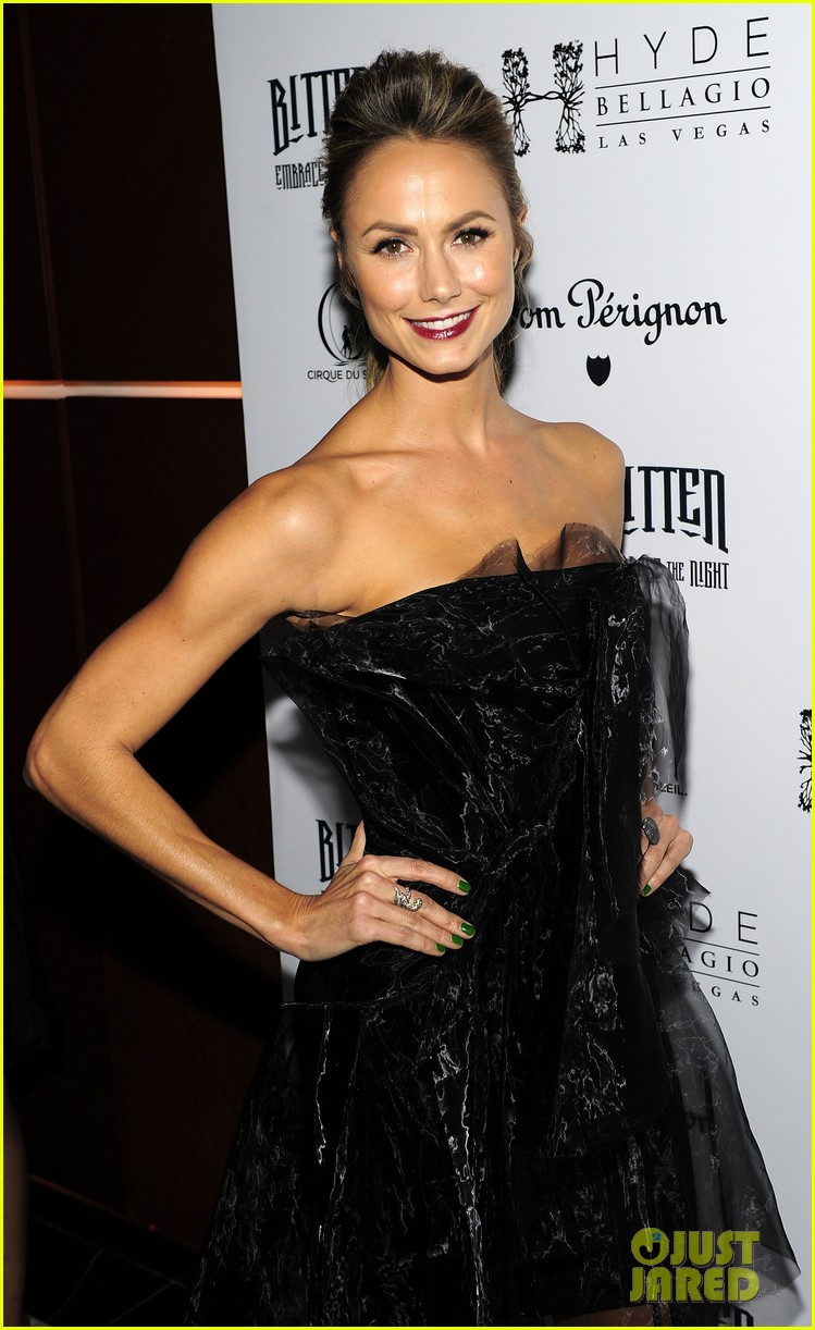 stacy keibler halloween masquerade host 042746775