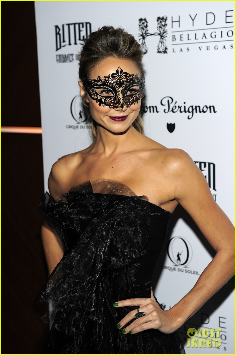 stacy keibler halloween masquerade host 15