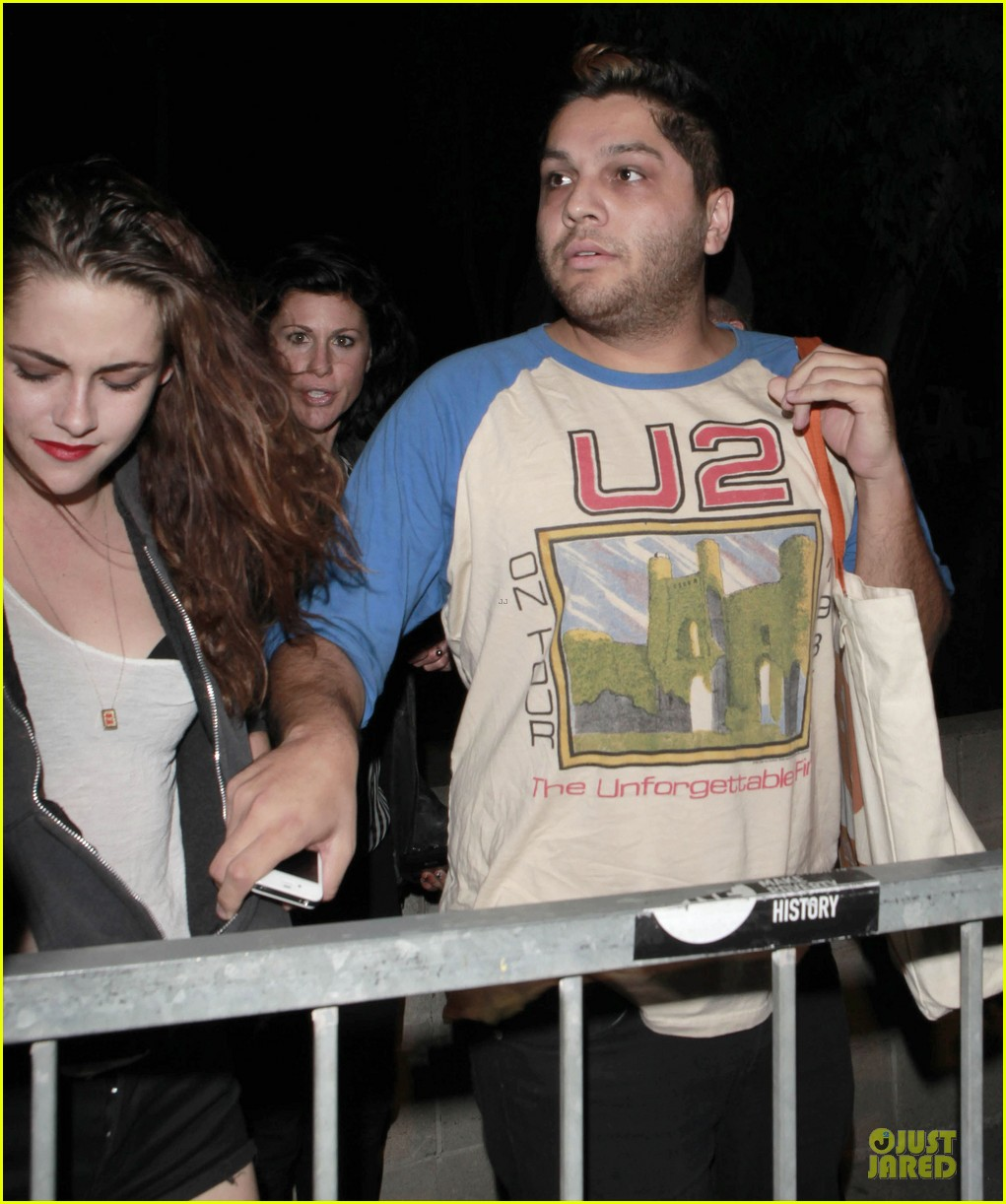 kristen stewart florence and the machine concert with father 12