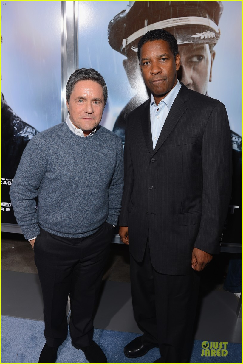 denzel washington flight premiere in los angeles 02