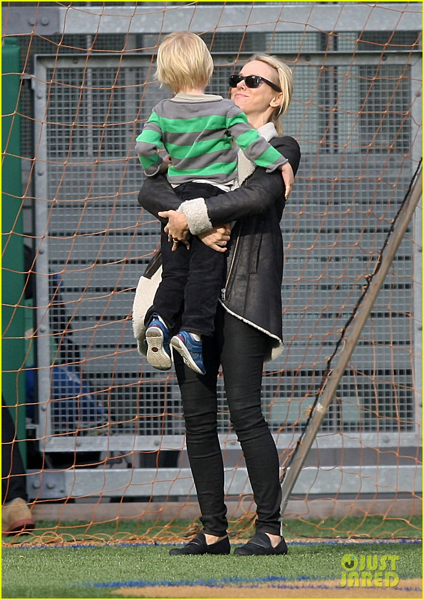 naomi watts liev schreiber big apple soccer afternoon with kids 012740546