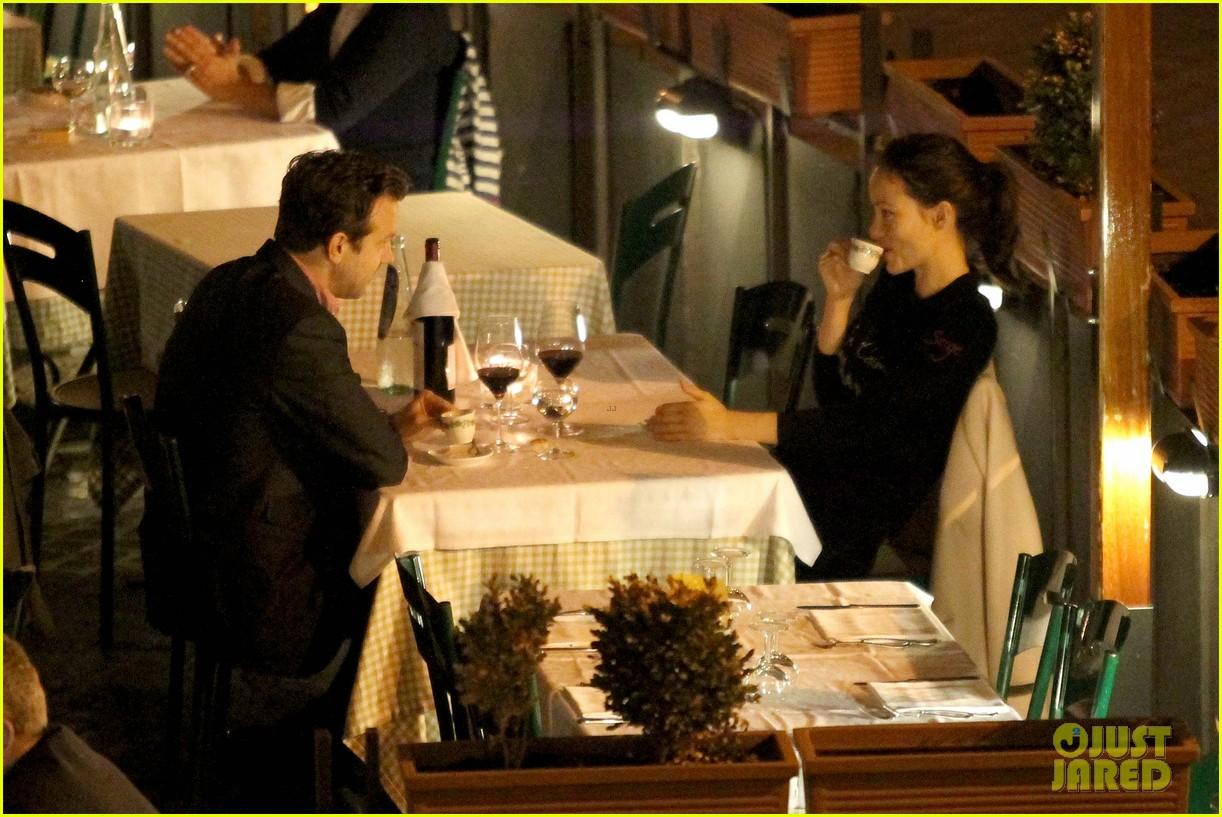 olivia wilde jason sudekis roman romance 08