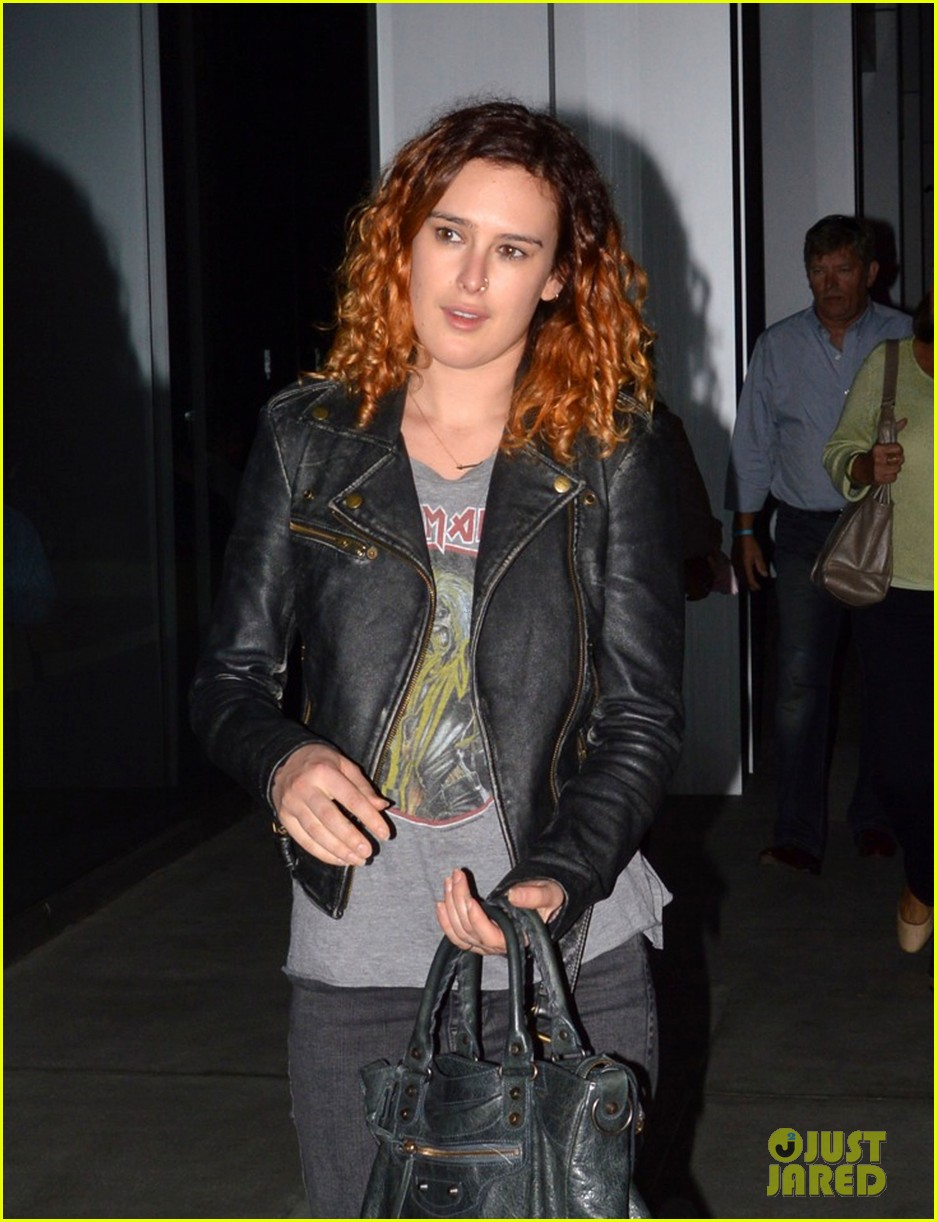 rumer willis jayson blair set visit 02