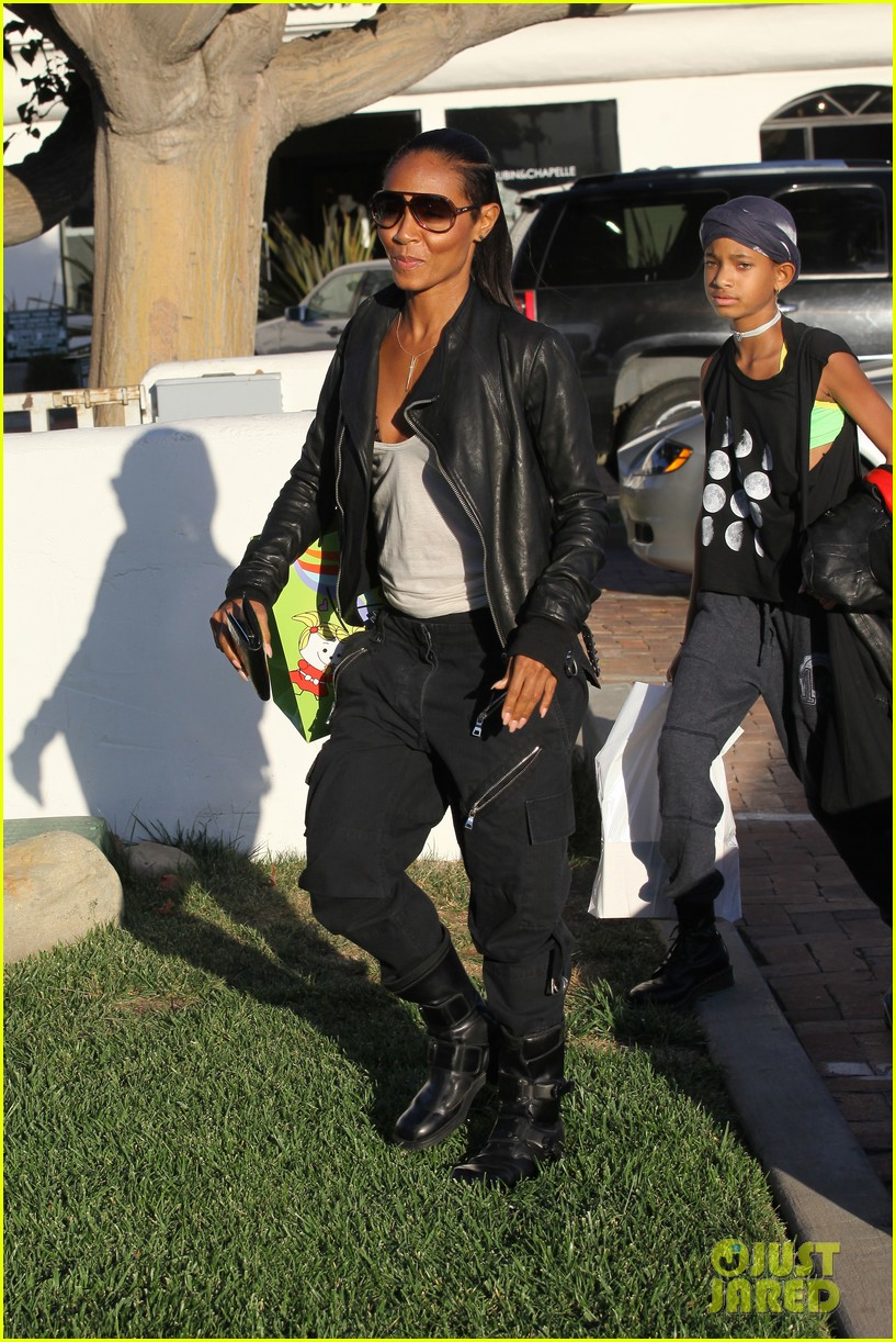 willow smith tra di noi lunch with mom jada 152739783