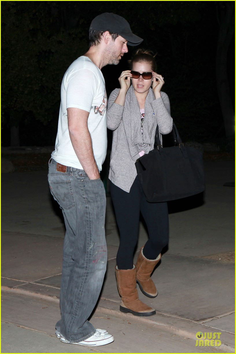 amy adams late night voting couple 02