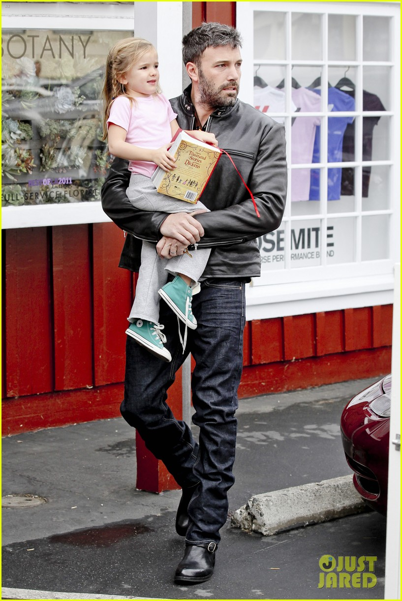 ben affleck daddys day with violet seraphina 20