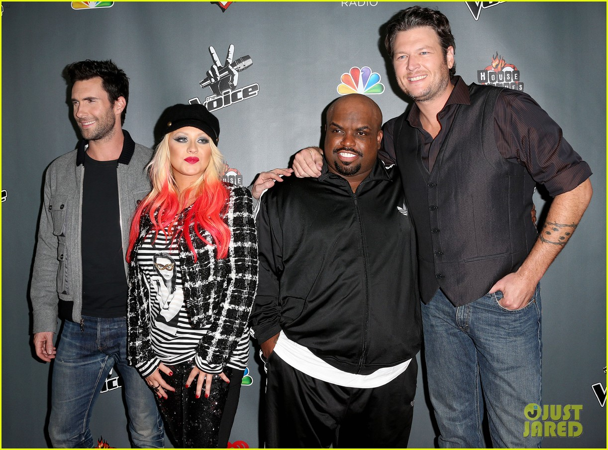 christina aguilera the voice final 12 party with adam levine 032754152