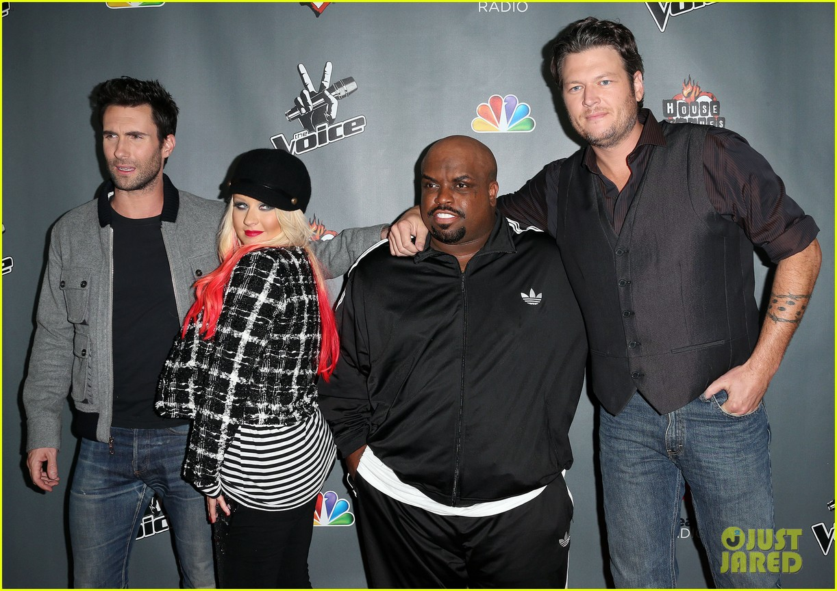 christina aguilera the voice final 12 party with adam levine 082754157