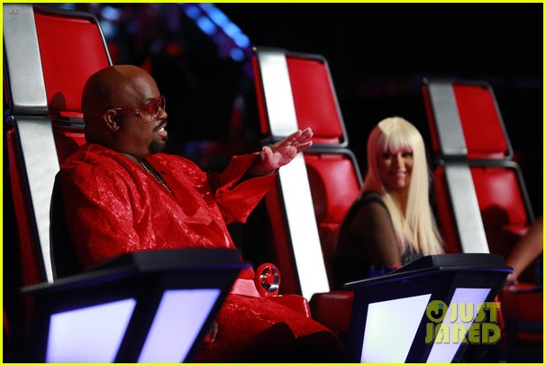 christina aguilera blake shelton just a fool performance on the voice 07