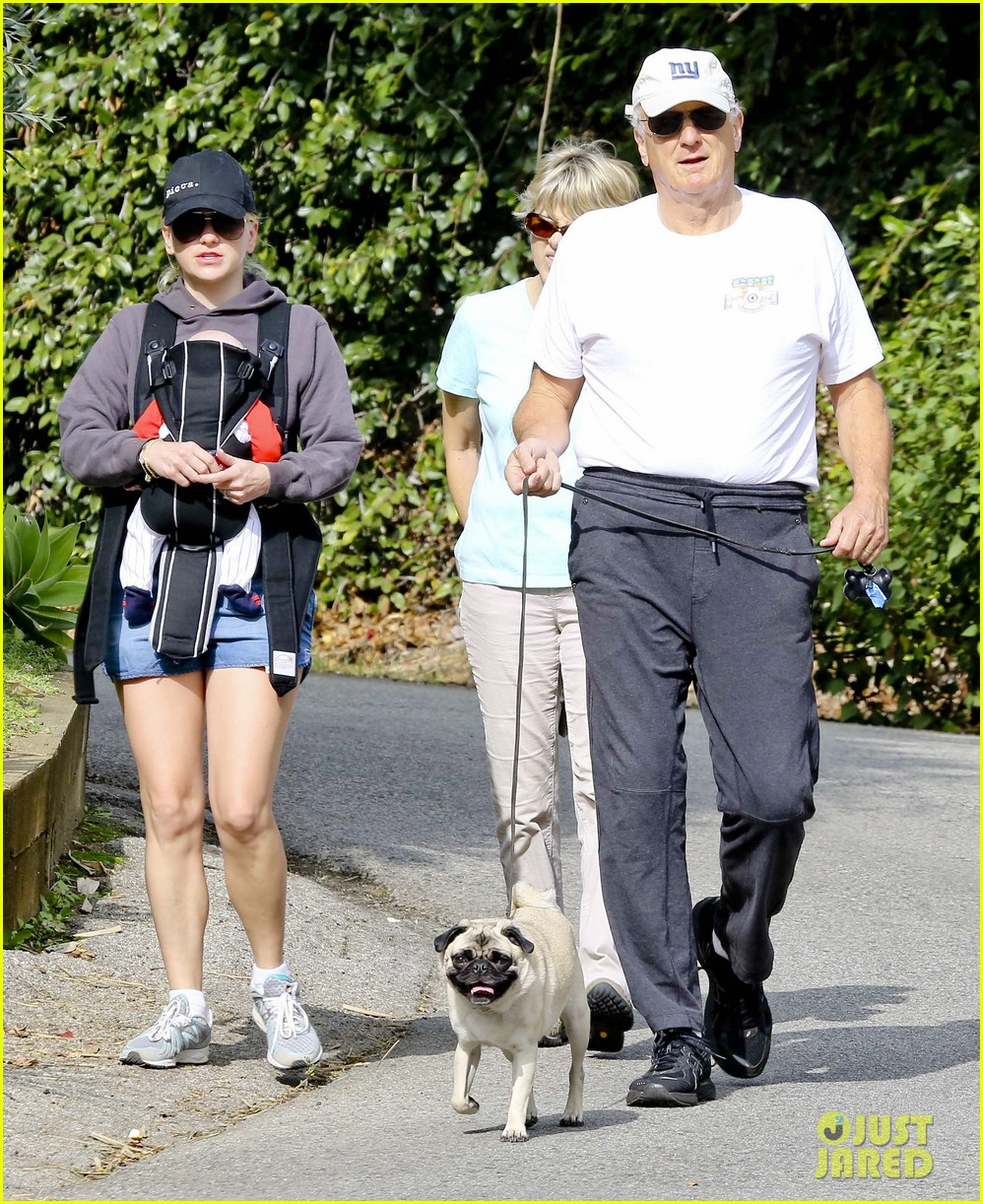 anna faris family walk with baby jack 172765629