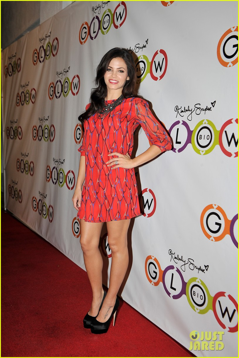 drew barrymore jenna dewan tatum glow bio store opening 27