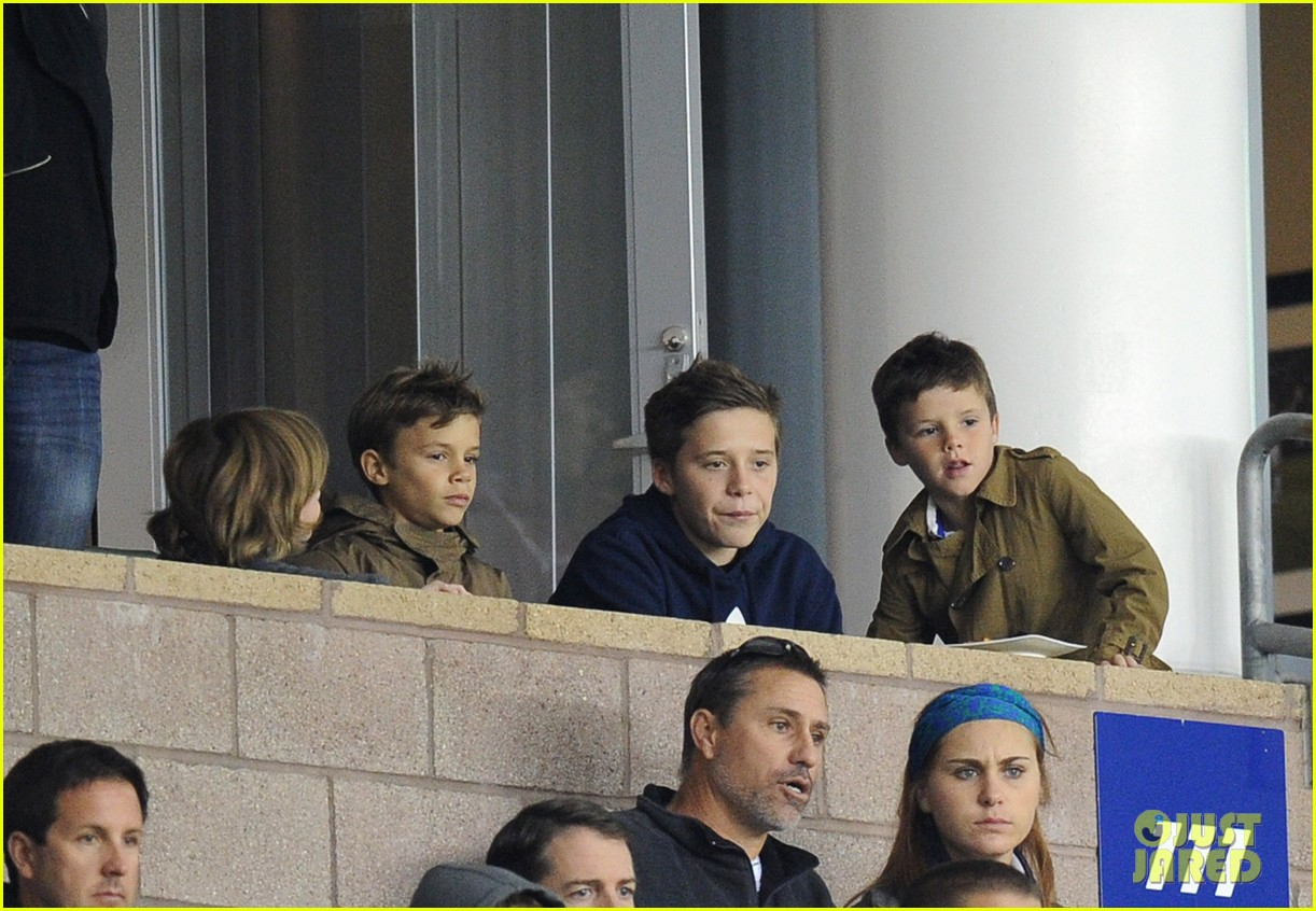 david beckham boys cheer him on at galaxy soccer game 09