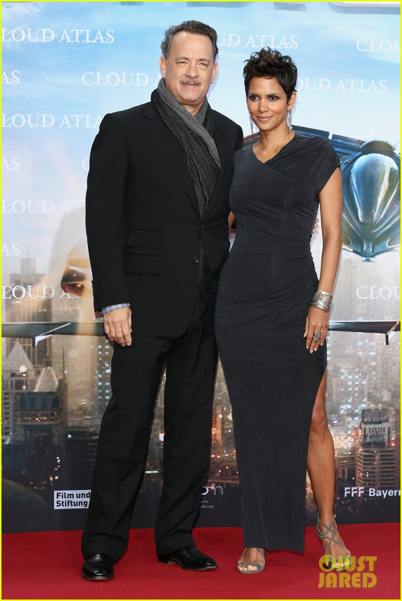 halle berry tom hanks cloud atlas berlin premiere 08
