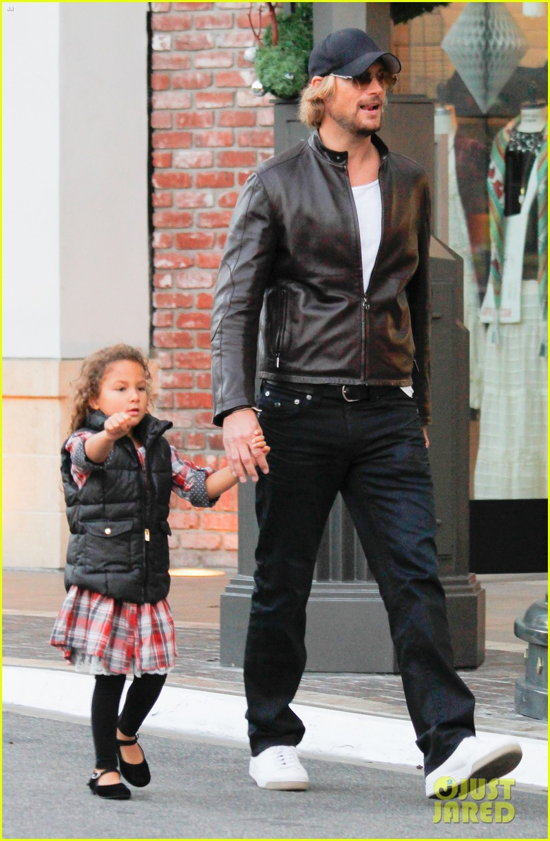 halle berry olivier martinez early thanksgiving party nahla aubry 06