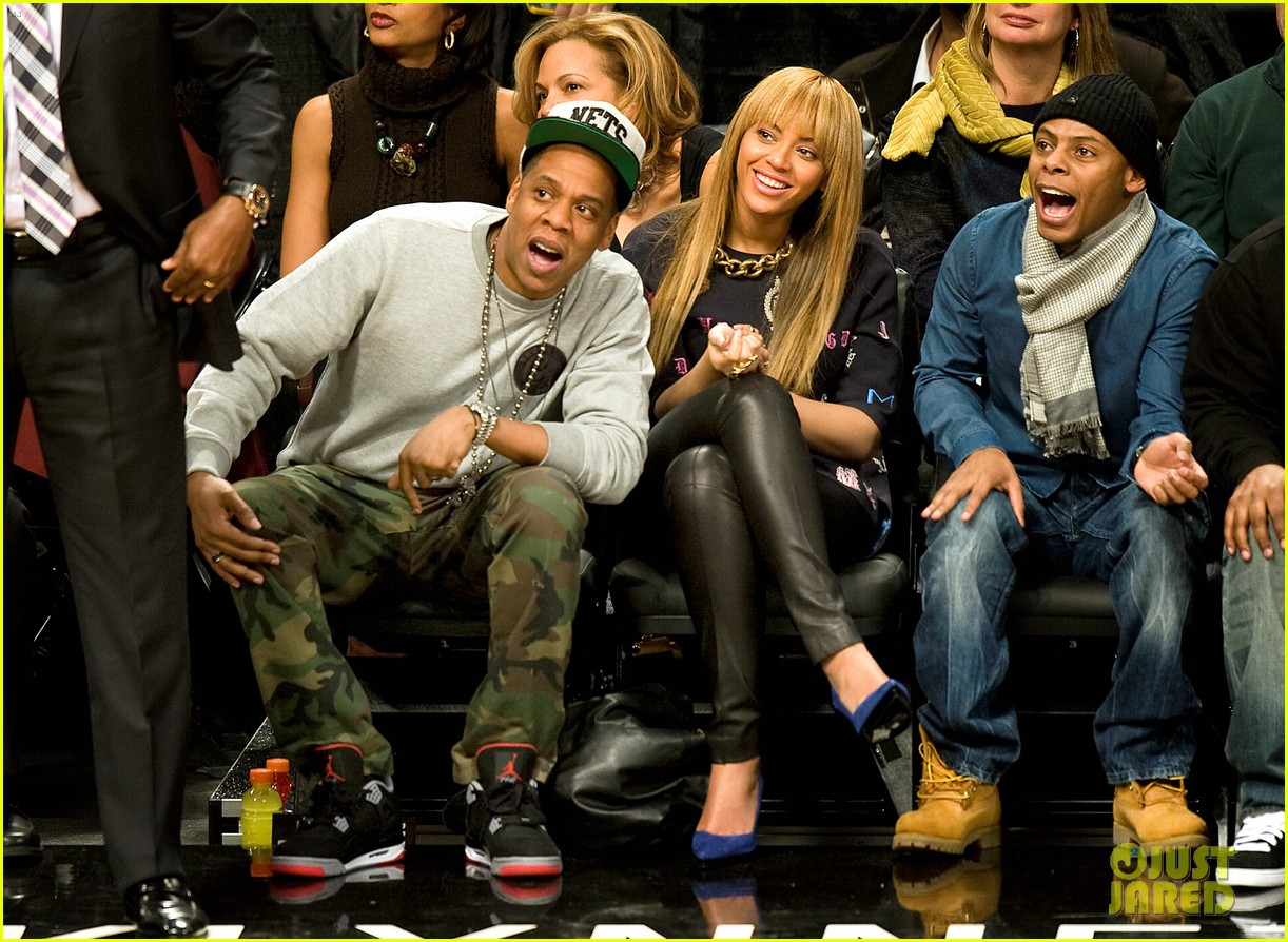beyonce jay z nets vs knicks game at barclays center 022764503