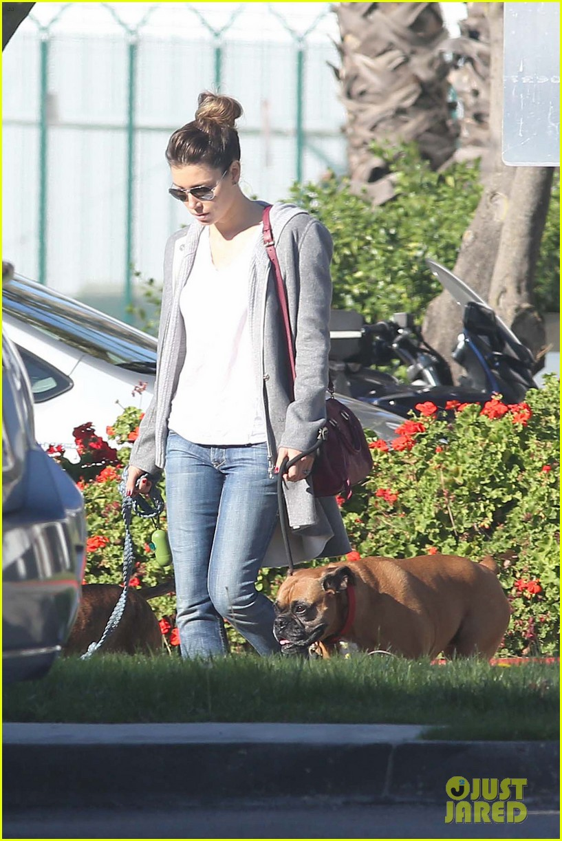 jessica biel dog walk before private plane departure 04