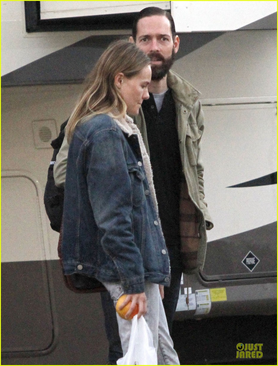 kate bosworth homefront set with michael polish 04