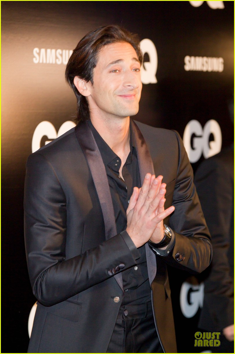 adrien brody lara lieto gq awards in madrid 13
