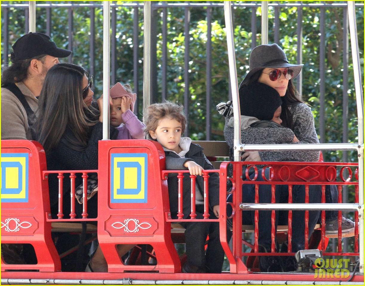 sandra bullock camila alves hang out with the kids 12