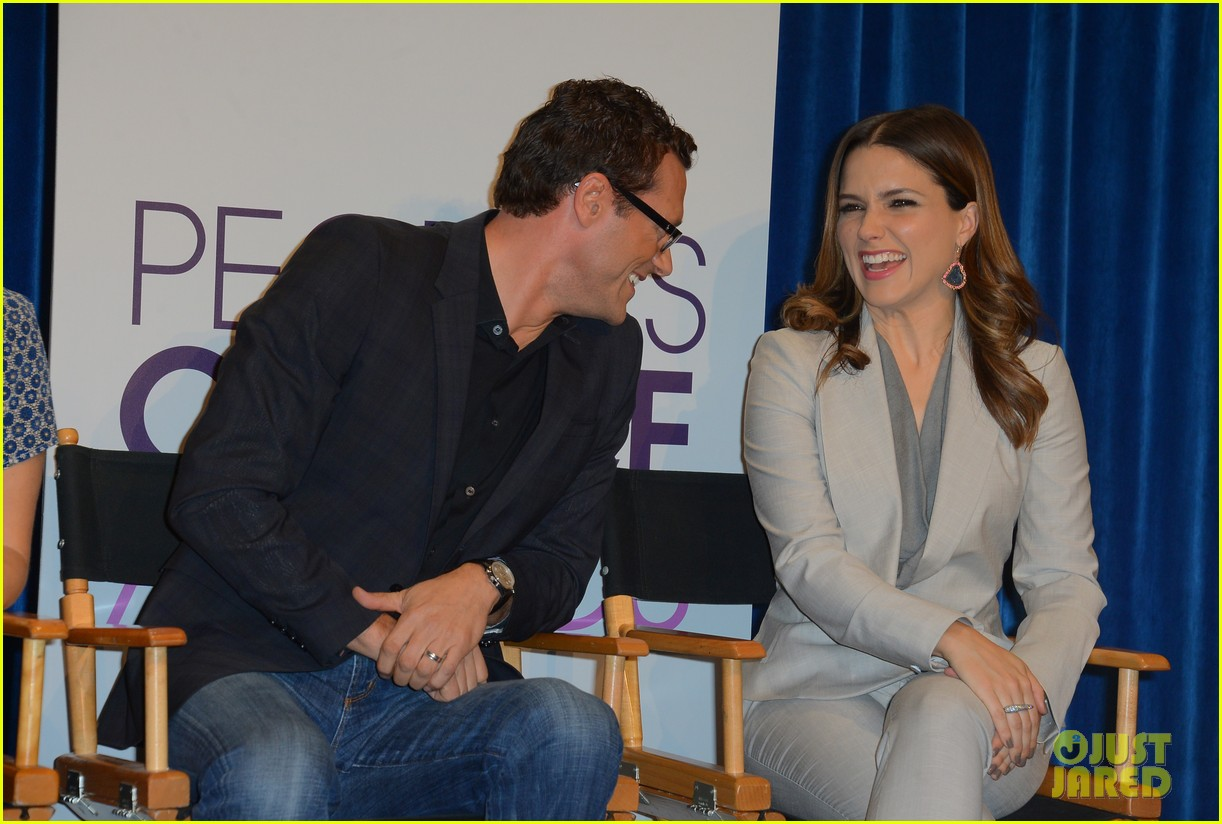sophia bush peoples choice awards 2013 nominations announcement 062758231