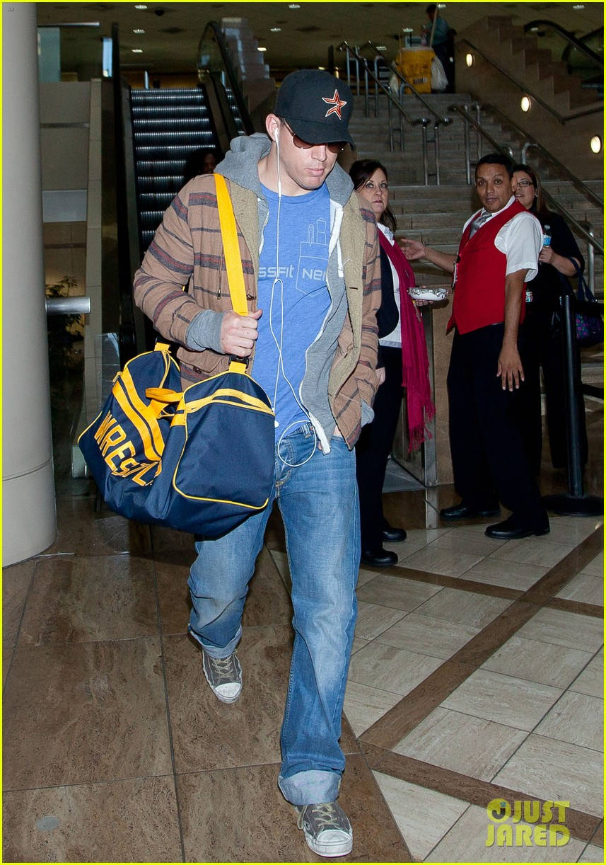 channing tatum thanksgiving day airport 07