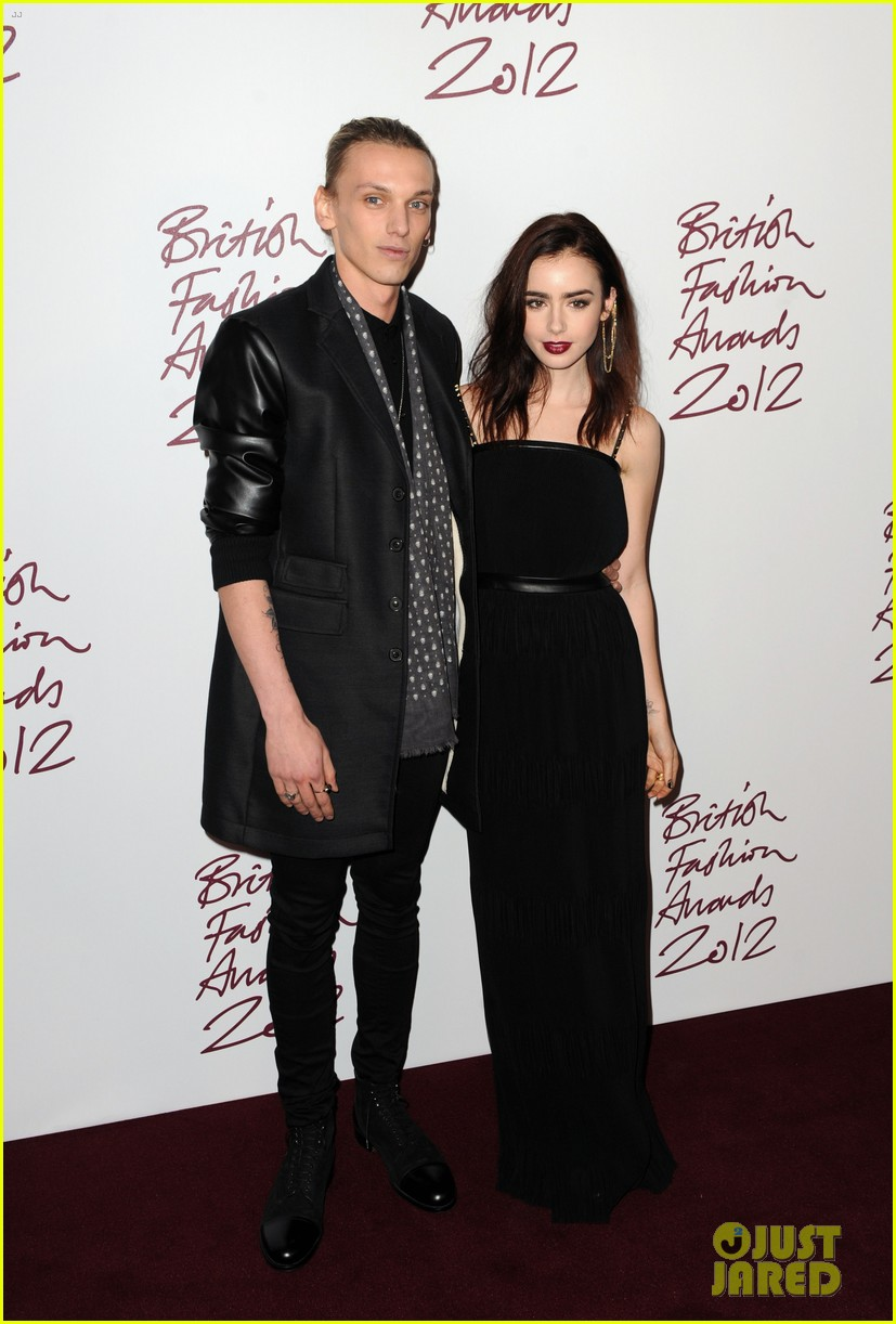 lily collins jamie campbell bower british fashion awards 03