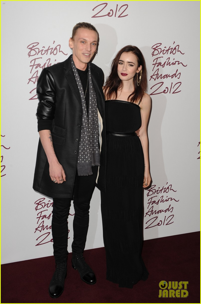 lily collins jamie campbell bower british fashion awards 05