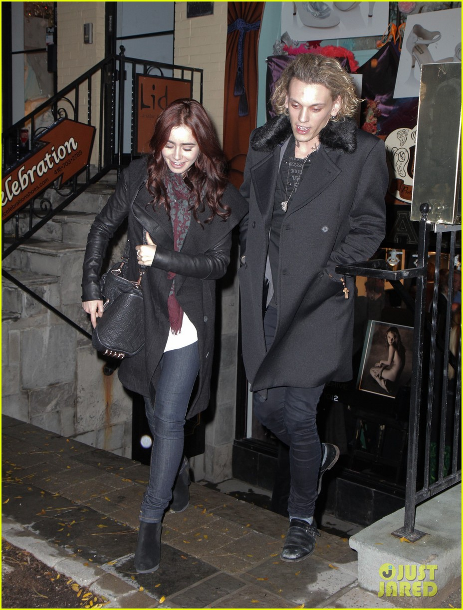 are jamie campbell bower and  Jace And Clary Lily Collins And Jamie Bower Kiss