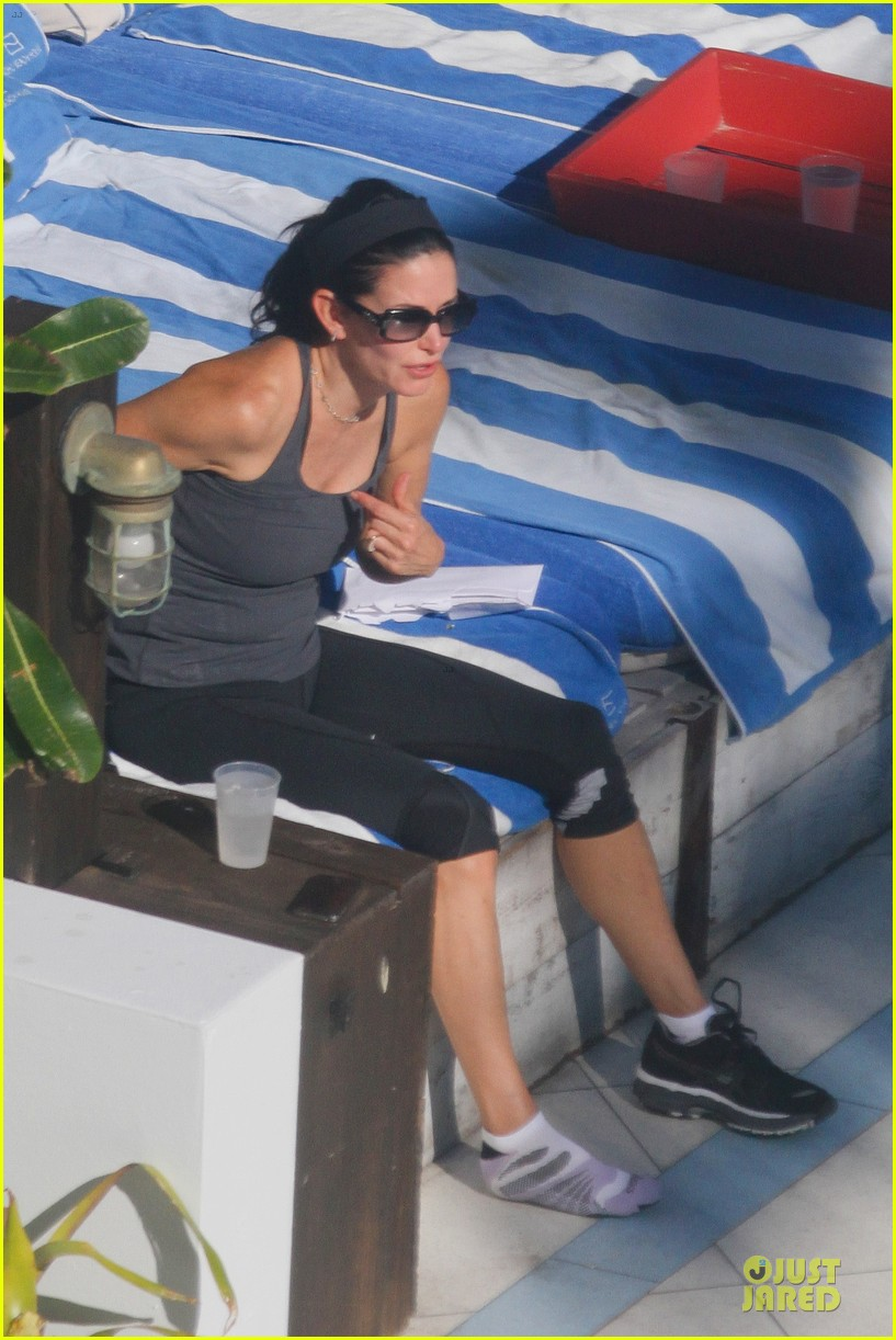 courteney cox miami bikini mama 29