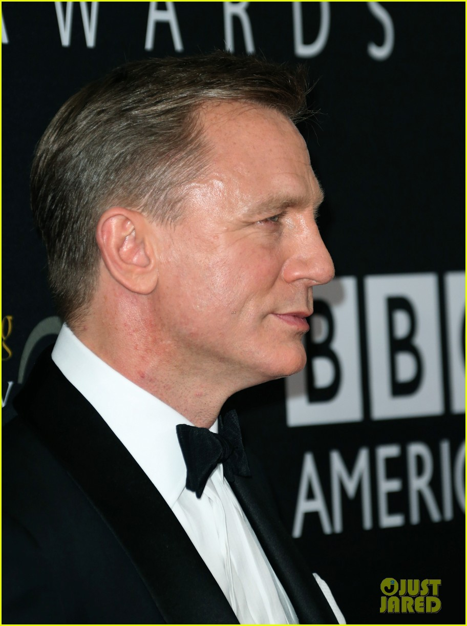 daniel craig bafta britannia awards with skyfall cast 072753290