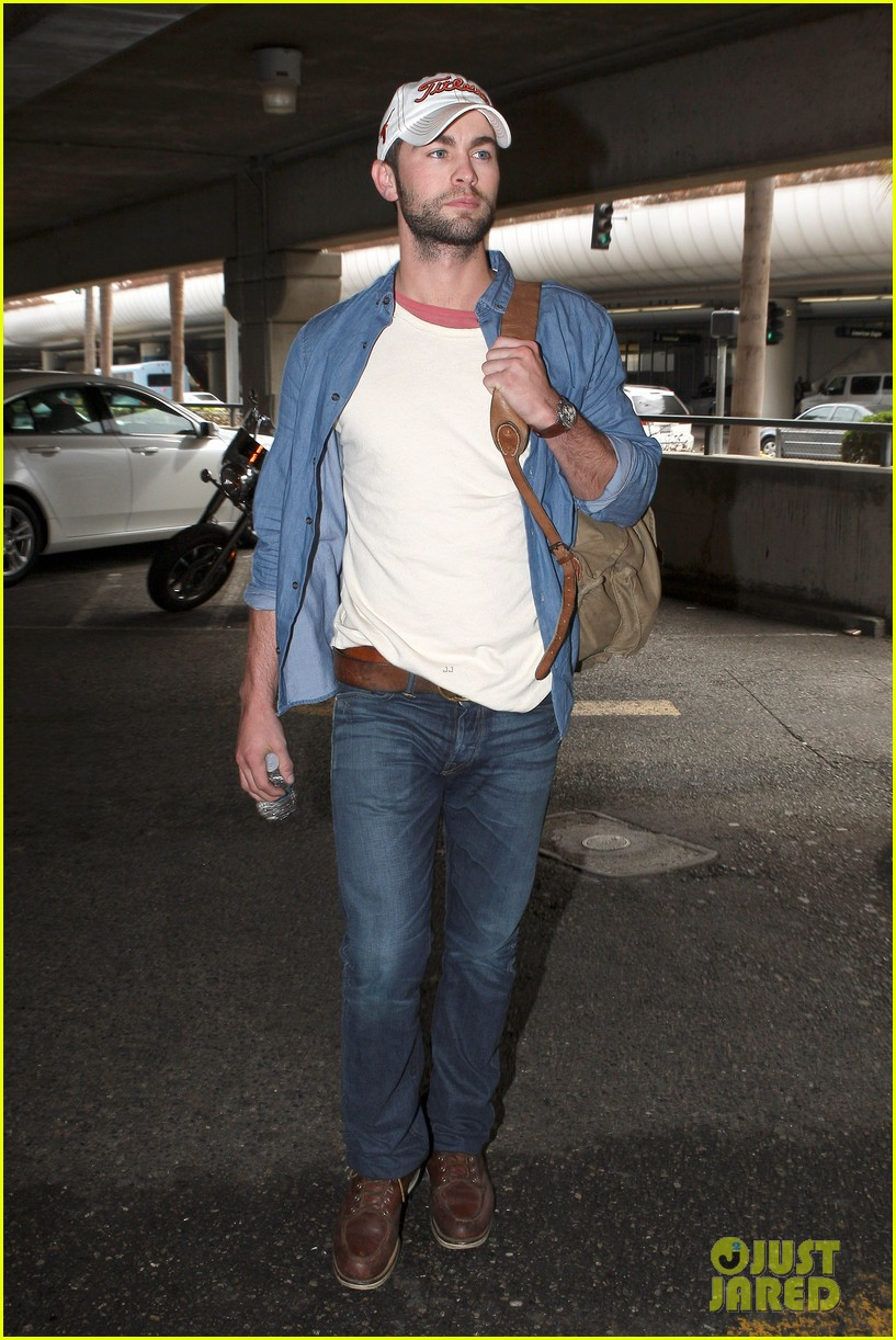 chace crawford matthew morrison hm store opening 10