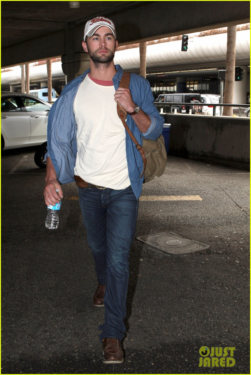 chace crawford matthew morrison hm store opening 12