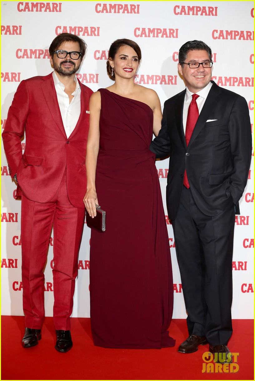 penelope cruz  campari calendar launch event 03