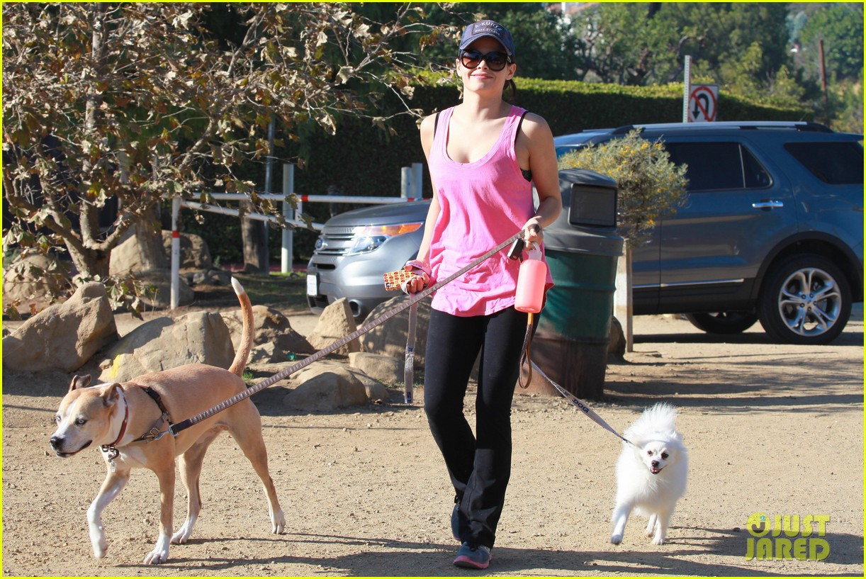 jenna dewan runyon canyon dog hike 09