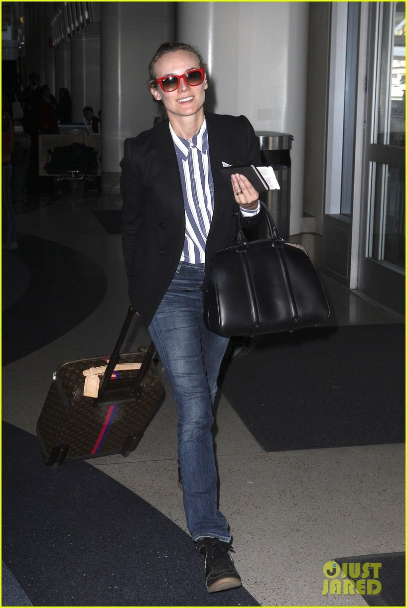 diane kruger flies the skies in la 01