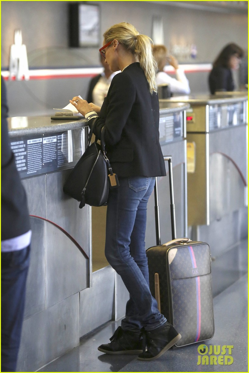 diane kruger flies the skies in la 08