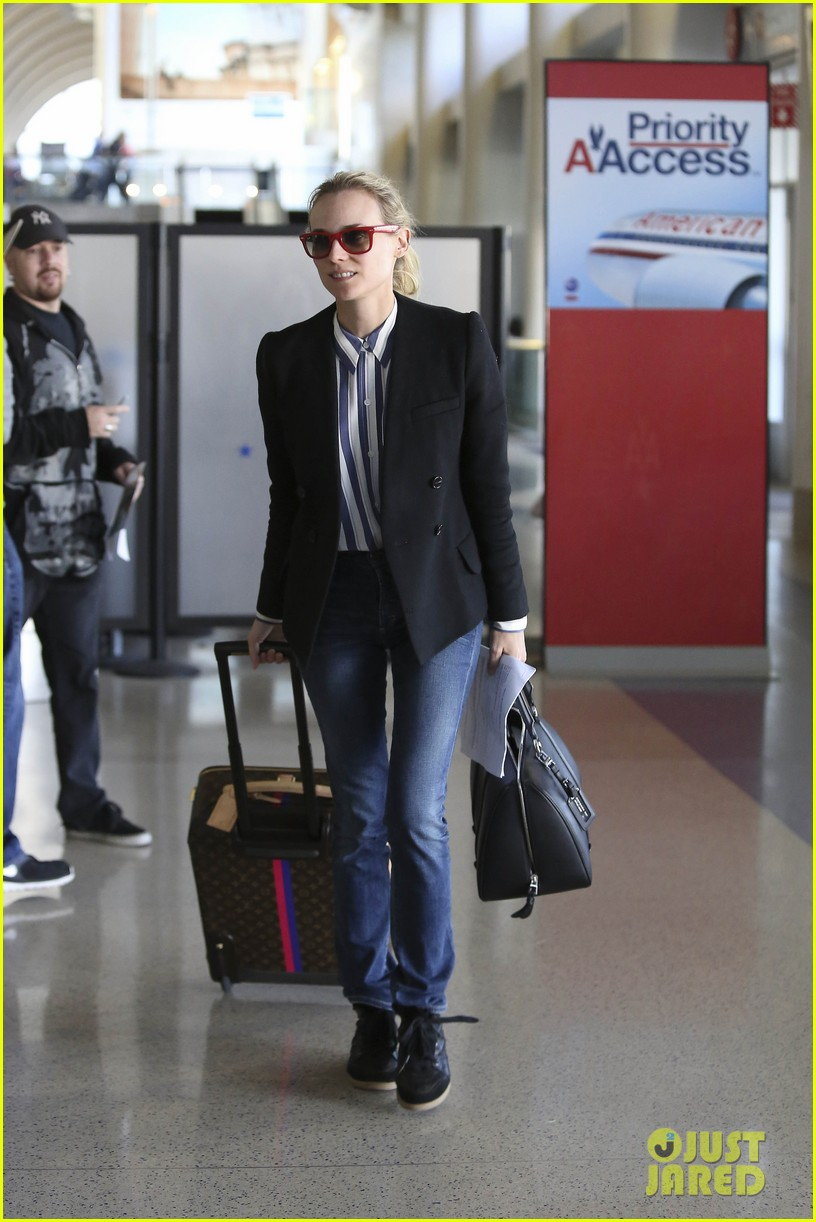 diane kruger flies the skies in la 10