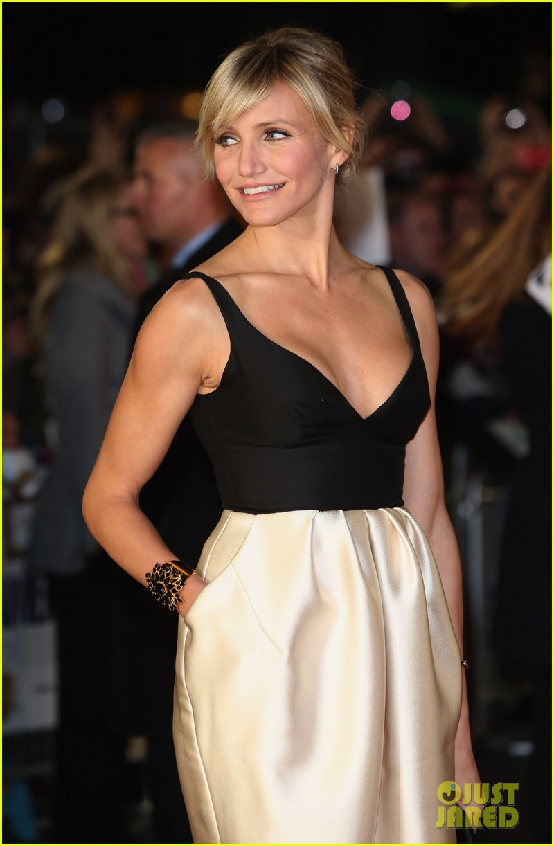 cameron diaz gambit world premiere with colin firth 02