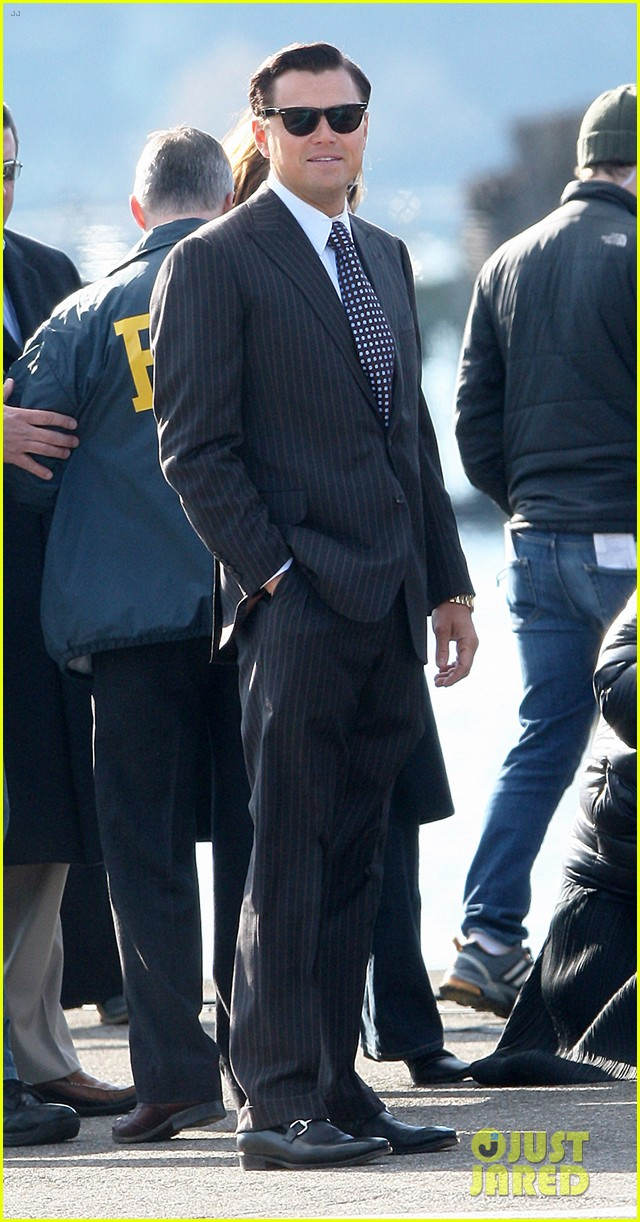 leonardo dicaprio arrested on wolf of wall street set 082765444