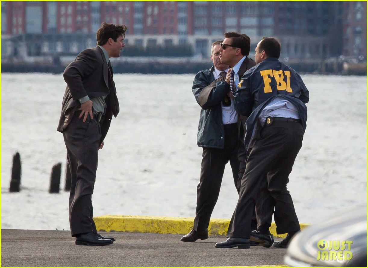 leonardo dicaprio arrested on wolf of wall street set 27