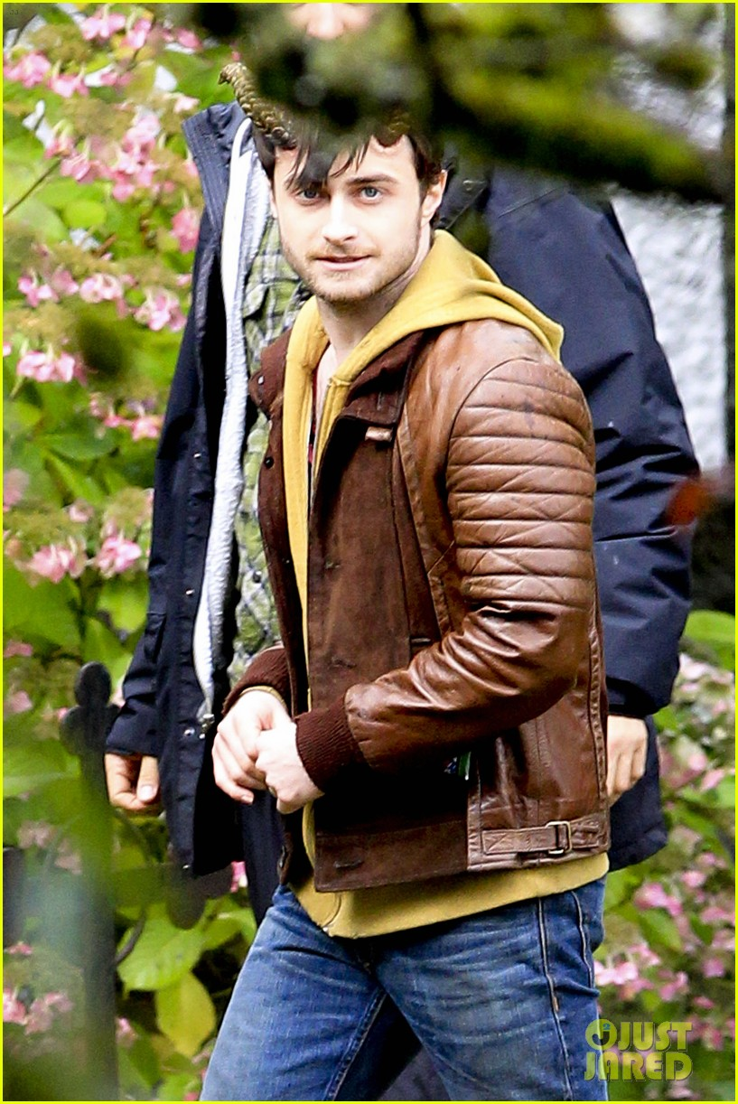daniel radcliffe distressed horns 082749973
