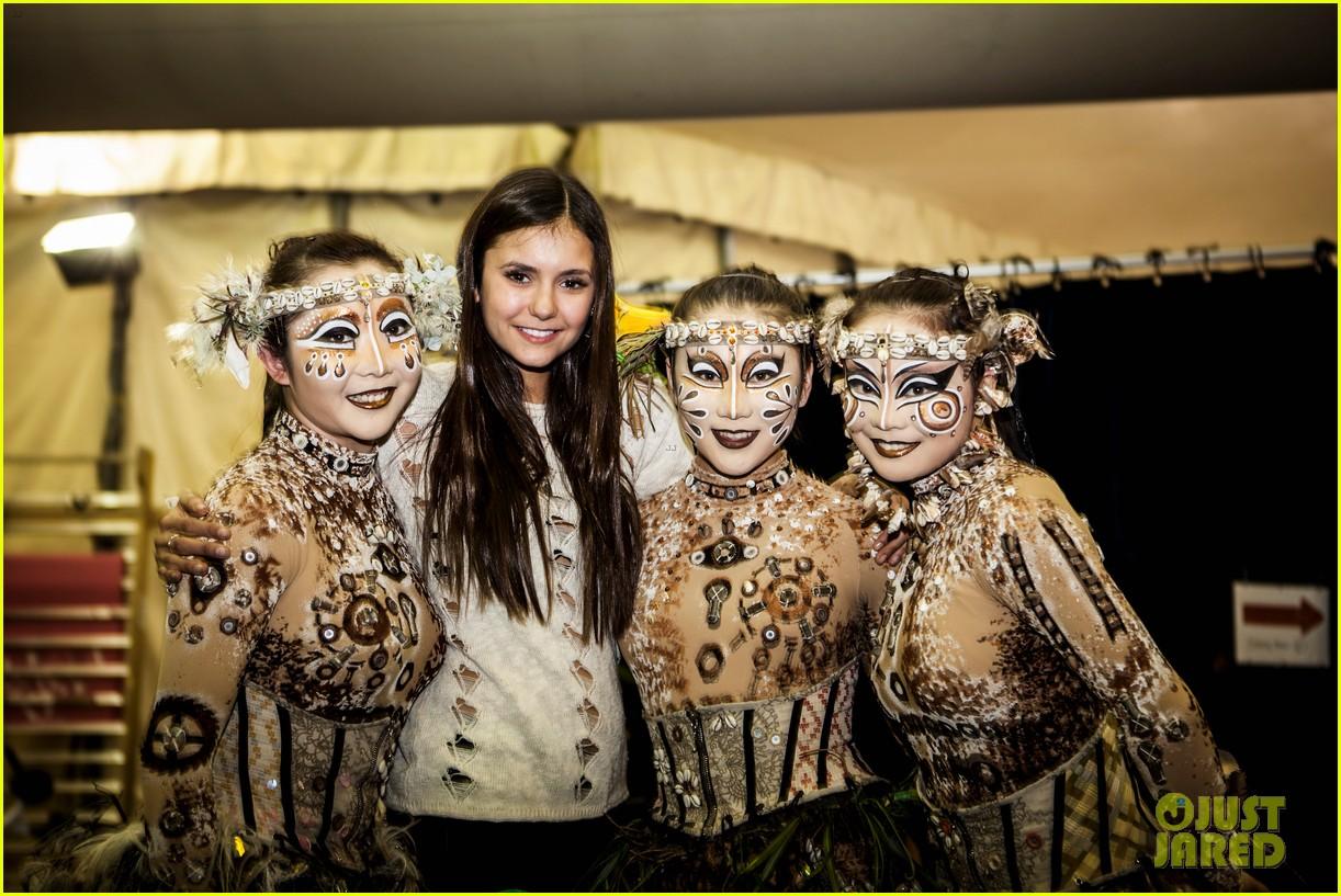 nina dobrev cirque du soleil spectator 04