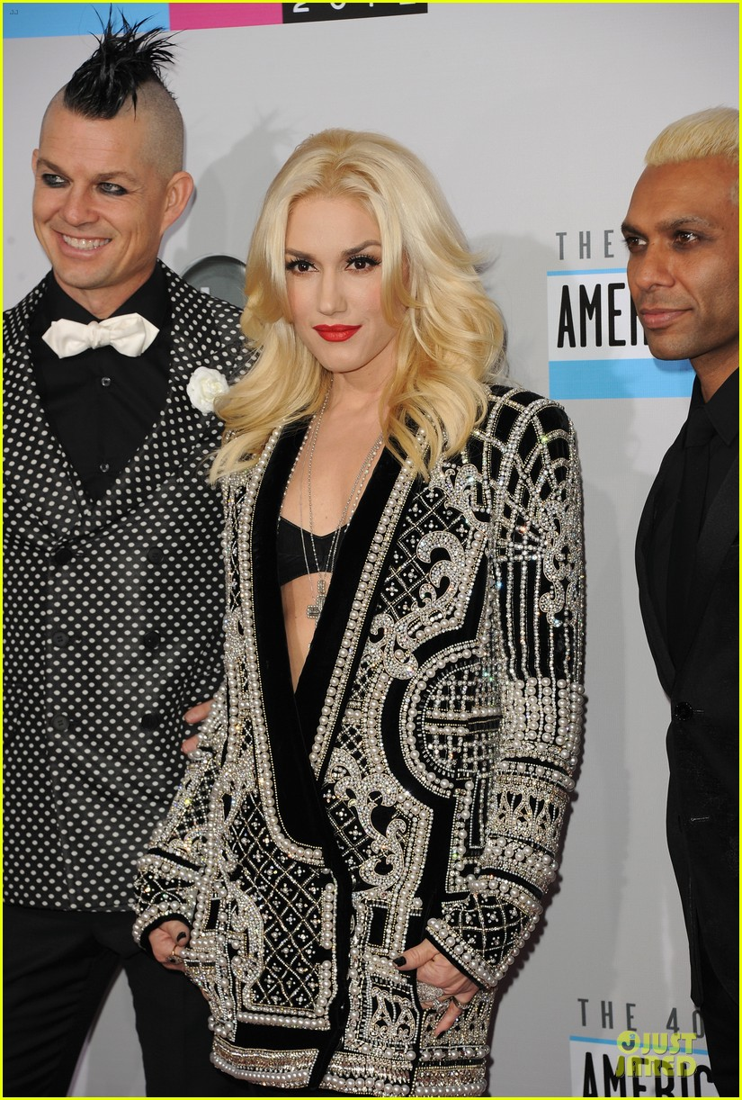 no doubt looking hot amas performance 02