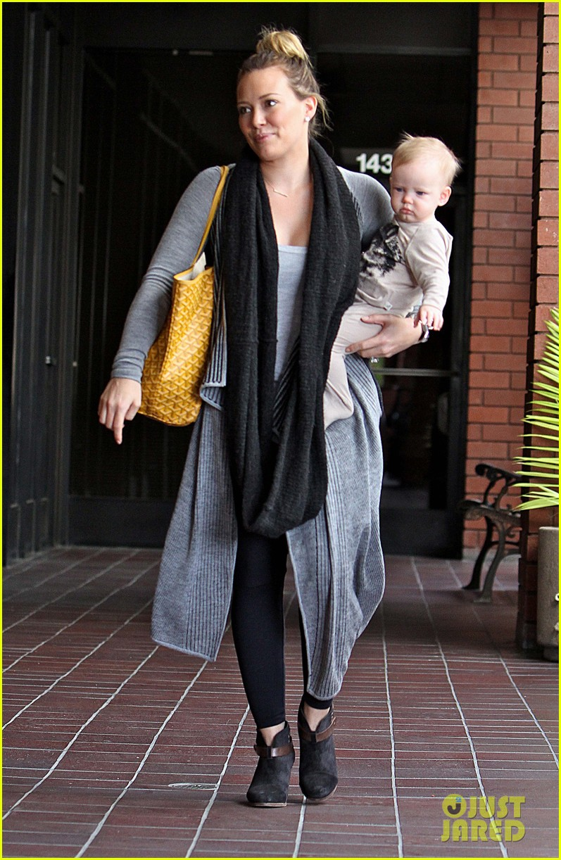 hilary duff harley pasternak fitness mom 07