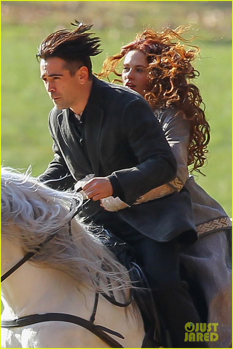 colin farrell horseback riding winters tale 04