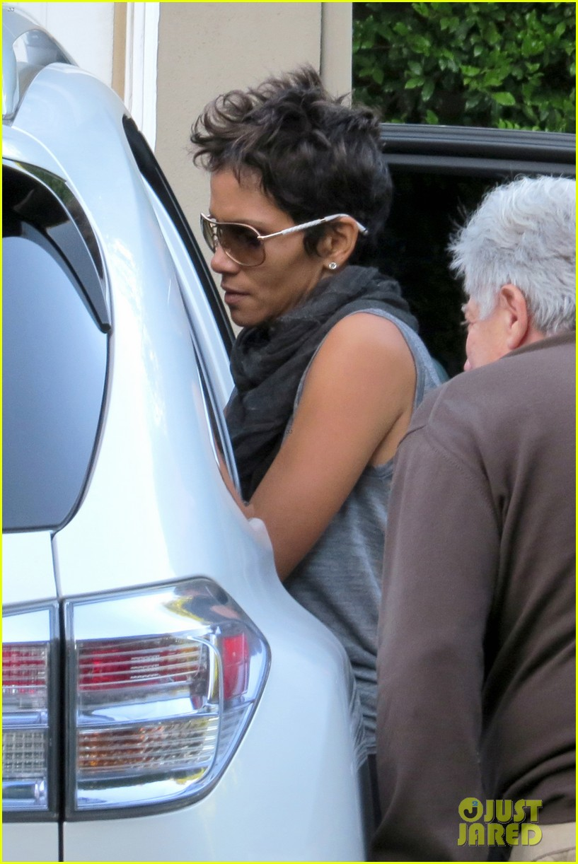 gabriel aubry arrested olivier martinez hospitalized halle berry 05